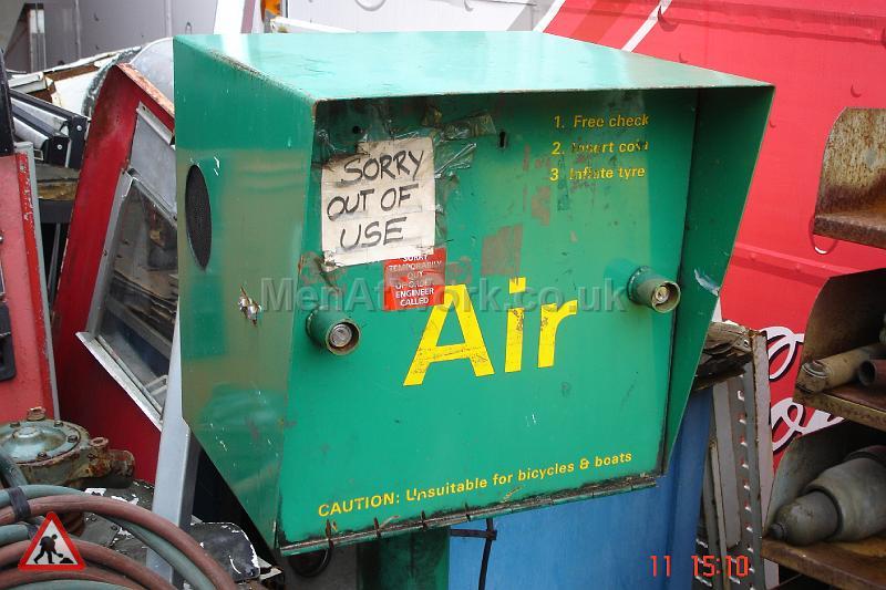 Garage Air Dispencers - AIR DISPENCER GREEN (2)