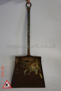 Blacksmith Ash Shovel - Ash Shovel 30 ins
