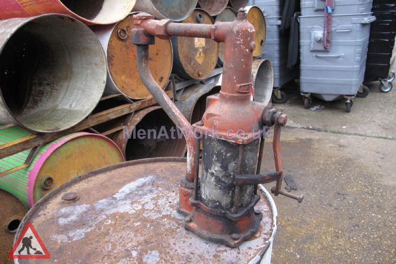 Barrel Oil Dispencer - Barrel Oil Dispencer 2
