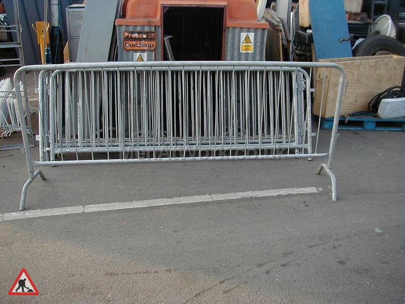 Large Crowd Control Barrier - Barrier 40 available 8ft-2.8M