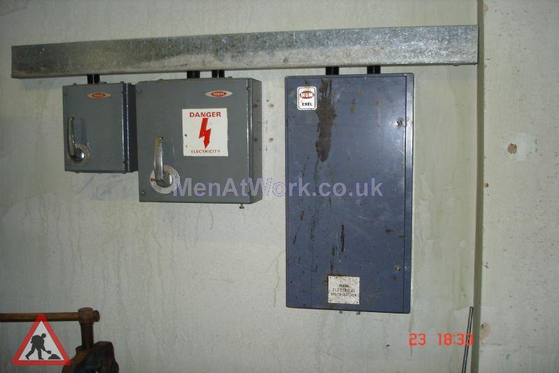 Boiler Room Dressing - Boiler room Dressing (6)