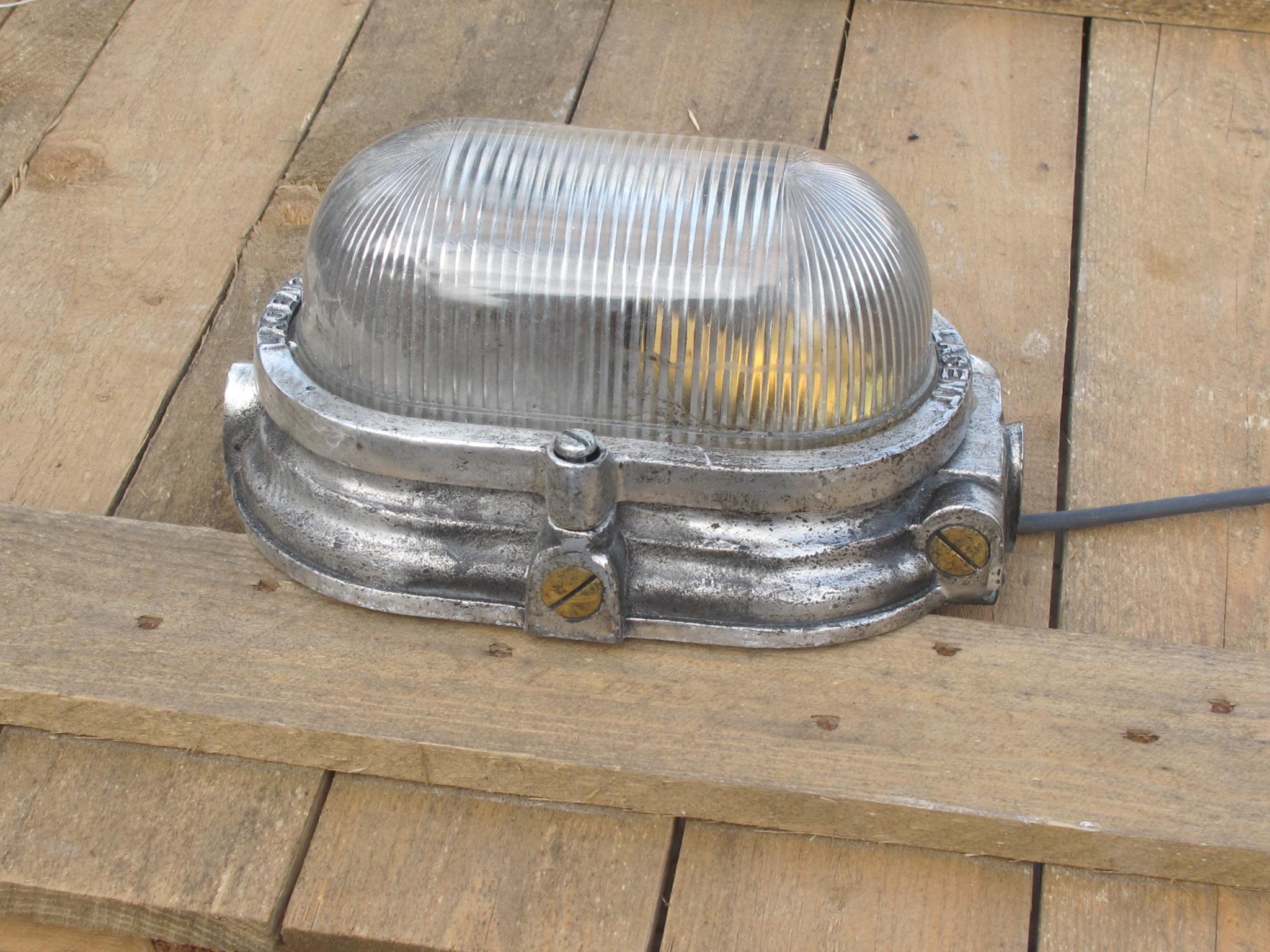 Bulk Head Light Rounded - Bulk Head Light Rounded (3)