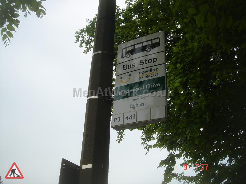 Country Bus Stop and Signs - CBS1
