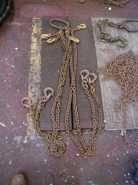 Chains - CHAINS 1