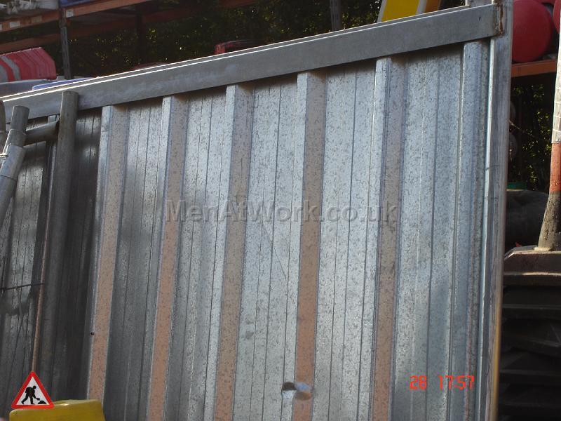Corrugated Fence Panels - CS 1