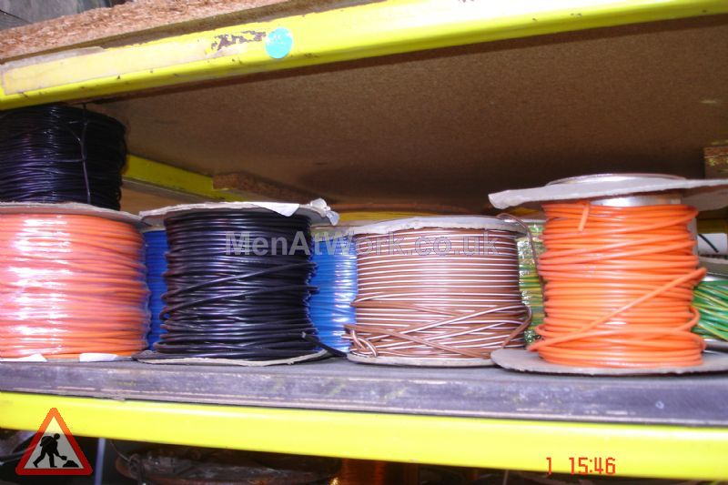 Assorted Cables and Drums - Cable drums various colours (3)