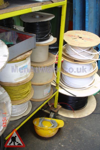 Assorted Cables and Drums - Cable drums various colours (6)