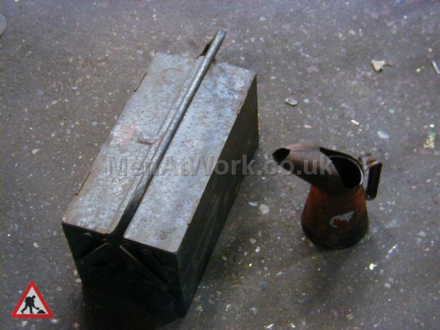 Cantelever Tool Box - Cantelever Tool Box