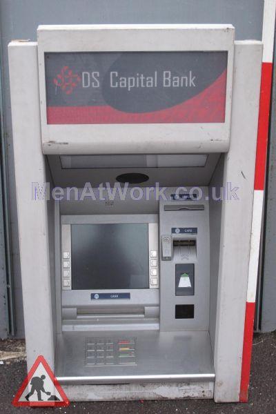 Cash Machine The Capital Bank - Cash Machine OS Capital Bank (2)
