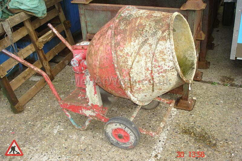 Cement Mixer Red - Cement Mixer Red (3)