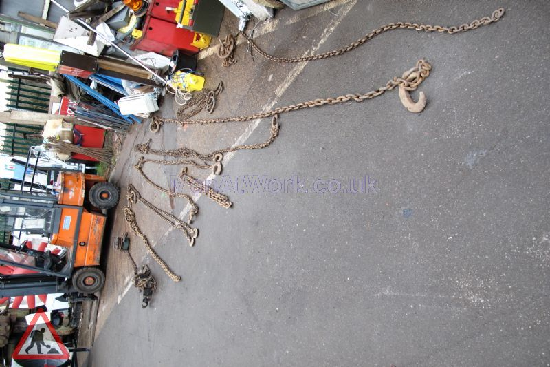 Chain and hooks - Chain with hooks (4)