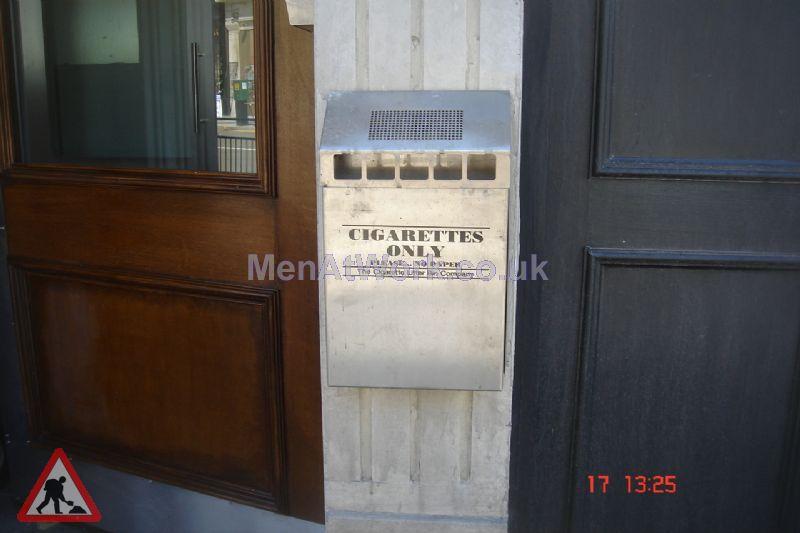 Cigarette Bin – Wall mounted - Cigarette bin (2)