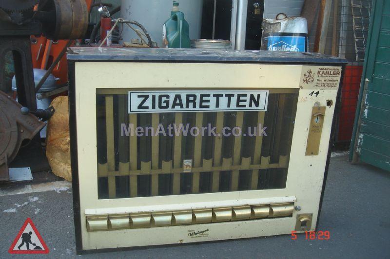 Vending machine- foreign - Cigarettes vending machine-german