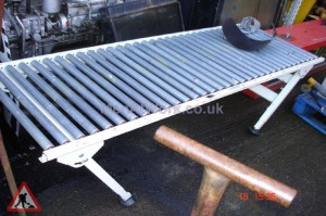 Conveyor with Folding Legs - Conveyor with folding Legs