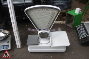 Weighing scales - Dairy scales – back view