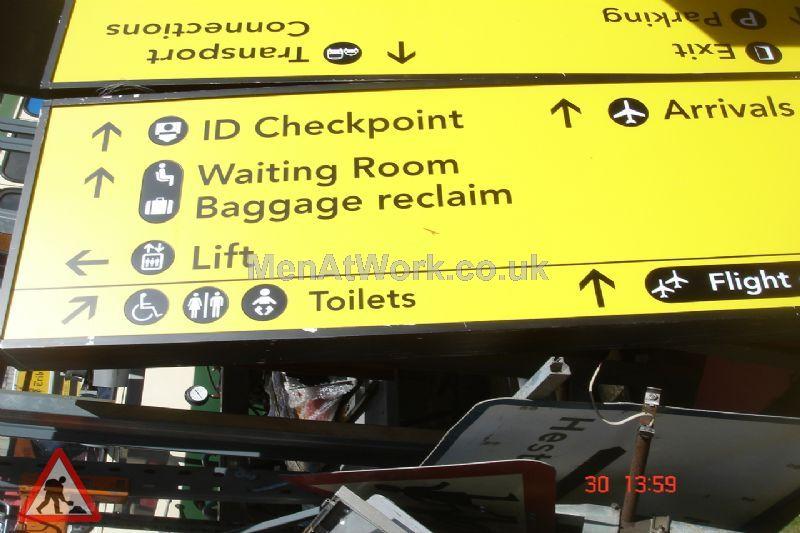 Airport Baggage Reclaim Sign - Directions baggage reclaim