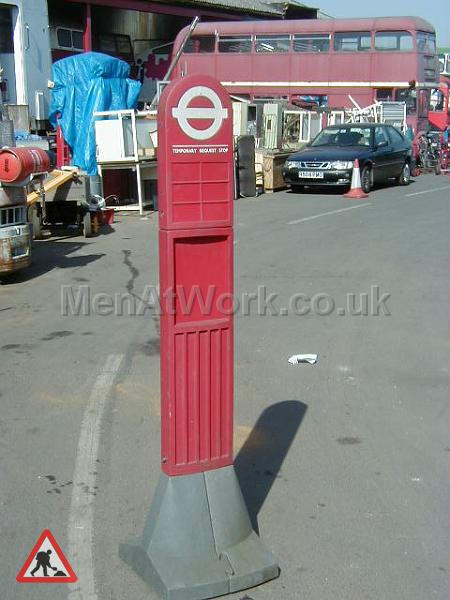 Dolly Bus Stop - Dolly BusStop 4