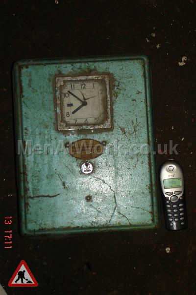 Clockin Machine Electric - Electric Machine