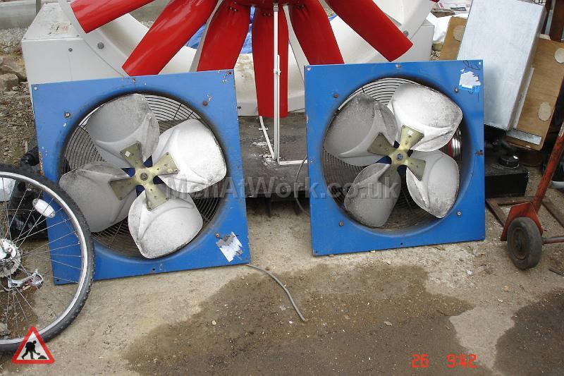 Fan With Blue Surround - Fan with blue surround (2)