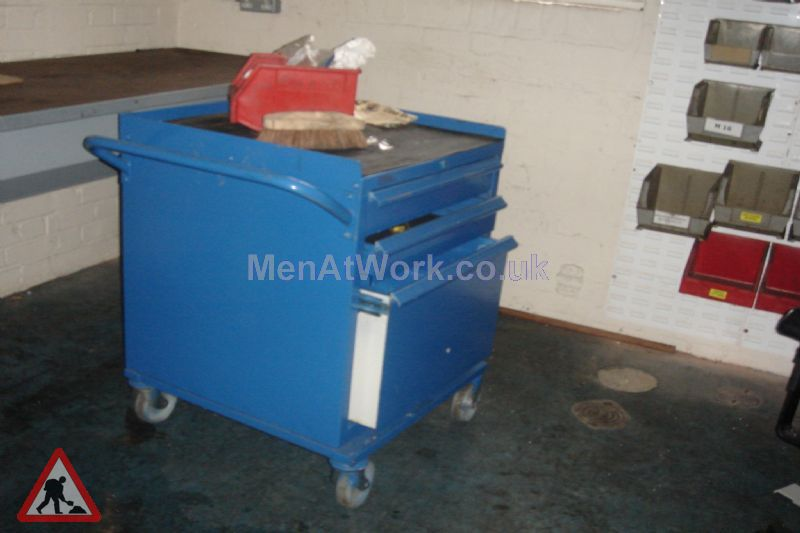 Fitters Mobile Parts Trolley - Fitters Mobile Parts Trolley