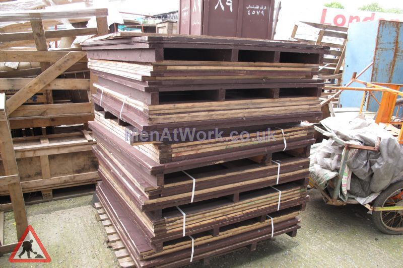 Flat Pack Crates - Flat Pack Crates – 15 Available