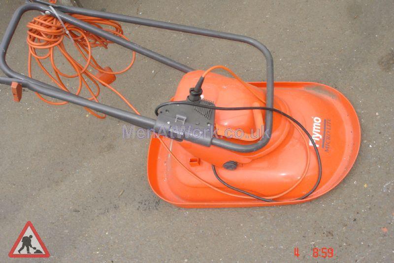 Lawn Mower - Flymo (2)