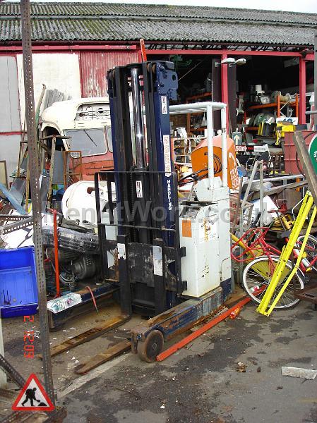 Forklift - Forklift