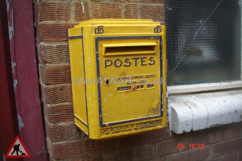 French post box - French Post Box