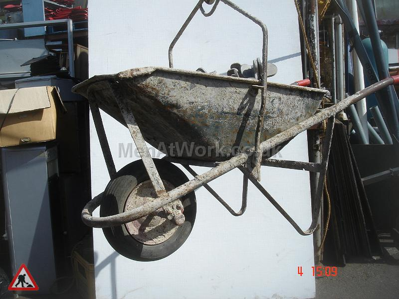 Hoist Barrow - Hoist Barrow 2
