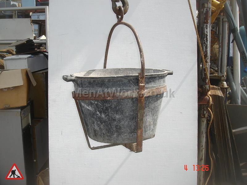 Hoist Bucket - Hoist Bucket 2