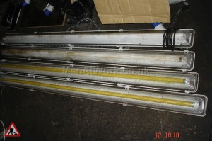 Industrial Fluorescent Tube lights - Industrial fluorescent tube lights (2)