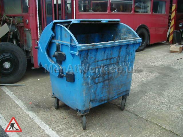 Light Blue Wheelie bin - LIGHT BLUE WHEELIE BIN