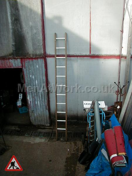 Wooden Ladders – Various Sizes - Ladder 2 – 10′