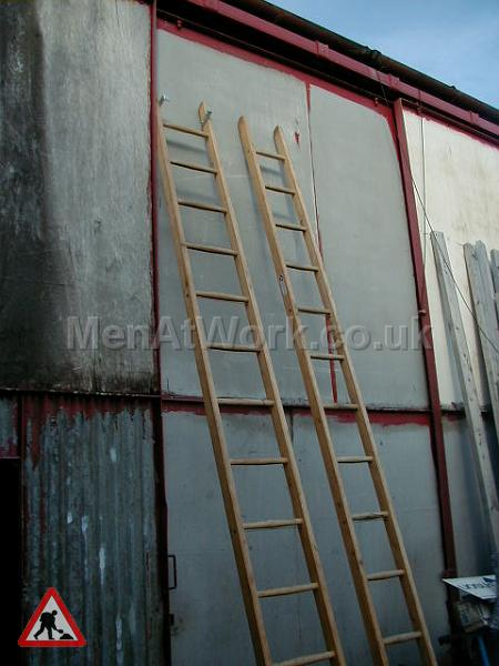 Wooden Ladders – Various Sizes - Ladder 8 – 13′ 10