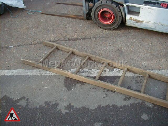 Large Wide Framed Trestles - Ladder – Large (4)