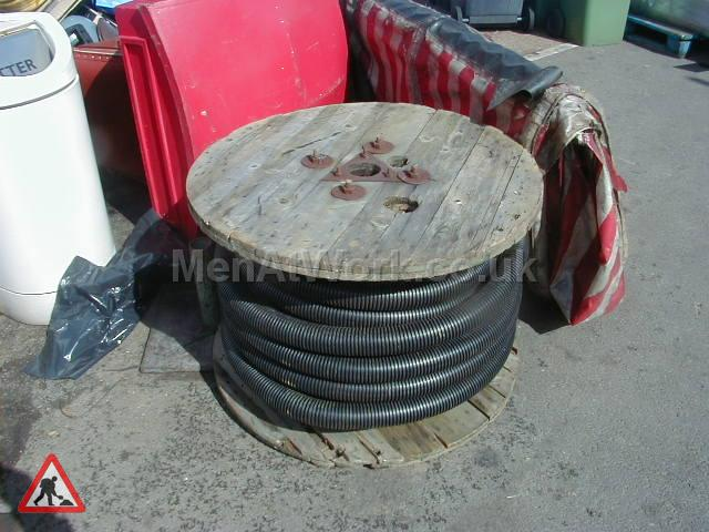 Large Cable Drums - Large Cable Drums (6)