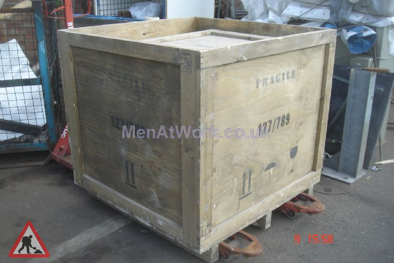 Large Wooden Crate - Large wooden crate