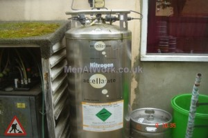 Liquid Nitrogen Cylinder - Liquid Nitrogen Cylinder