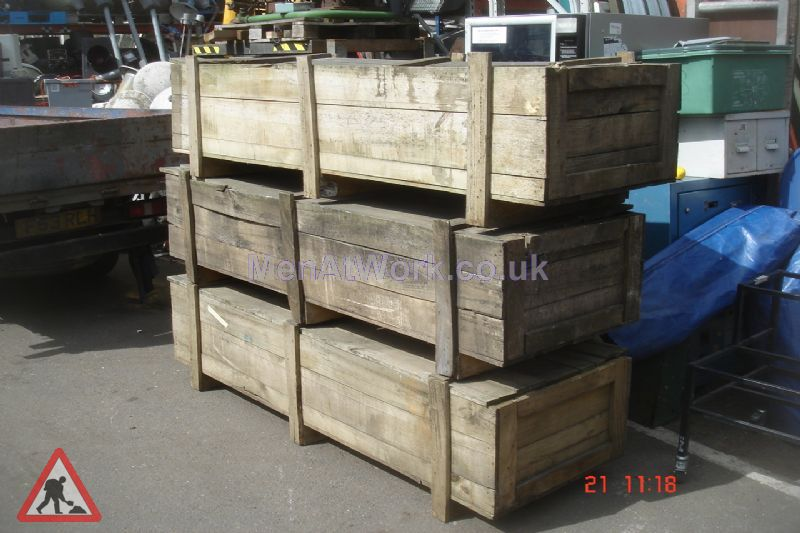 Long rectangular crates - Long rectangular crate 3