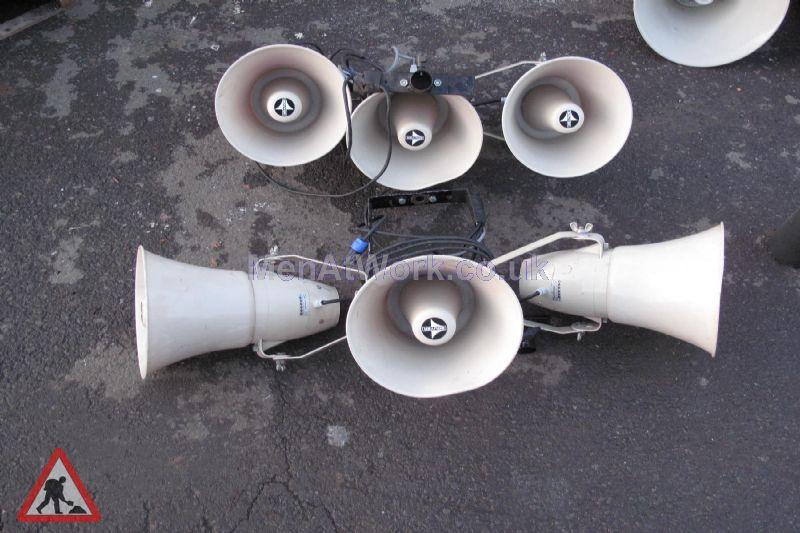 Loudspeakers – Mounted in 3 - Loudspeaker – Mounted in 3