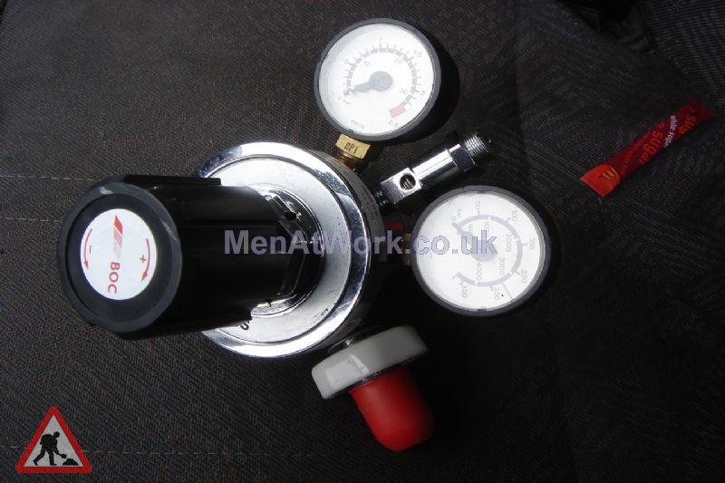 Medical Gas Regulator - Medical Gas Regulator