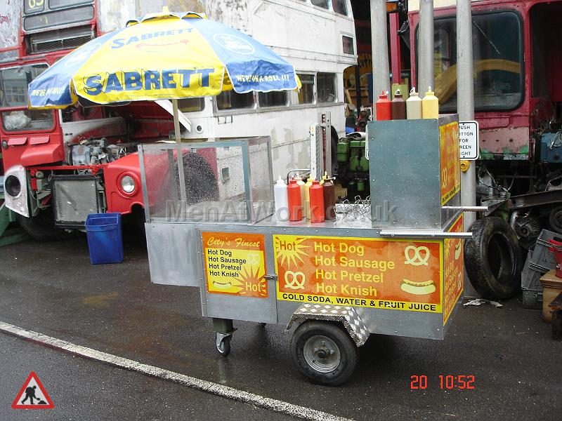 New York Style Hot Dog Stand - New York Style Food Stand Fully Dressed