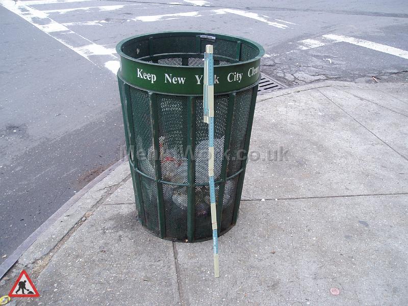 Metal Street Bins - Newyorkstyle
