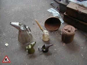 Oil Pourers - Oil Pourer's