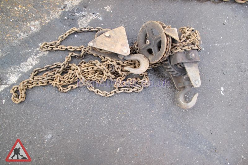 Block and Tackle – Chains - Old Style