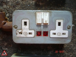 Plug Socket with Lights - Plug socket metal with lights