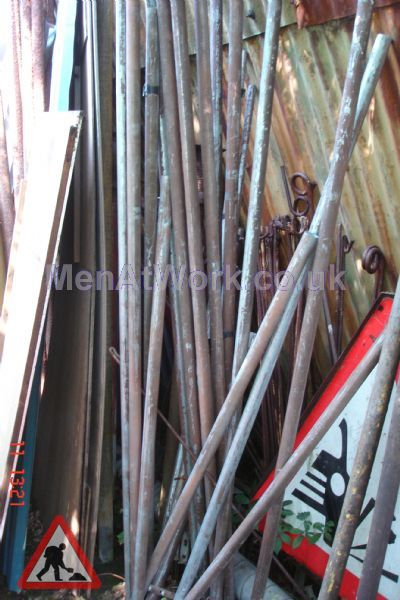 Washing line and Ariel Poles - Poles1