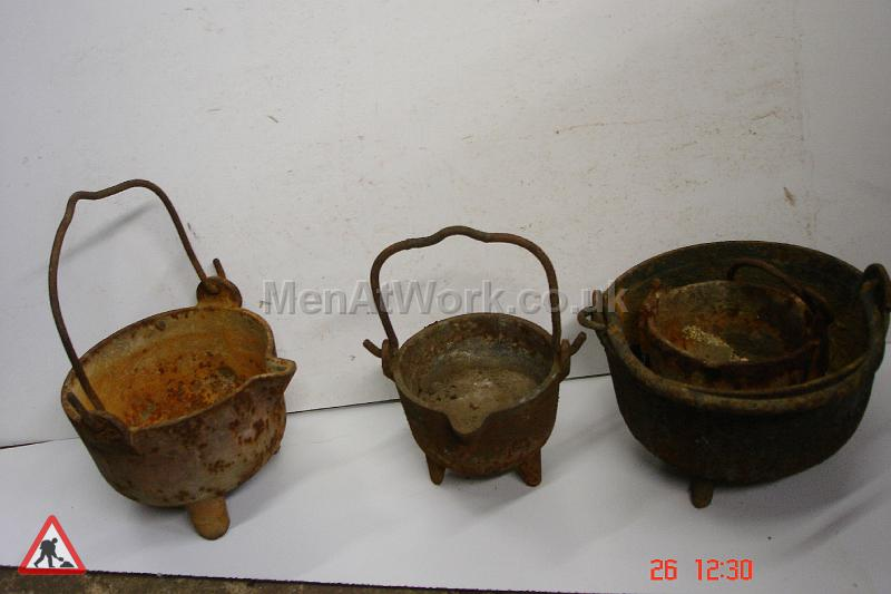 Blacksmith Smelting Pots - Pots 9ins 7ins 11ins