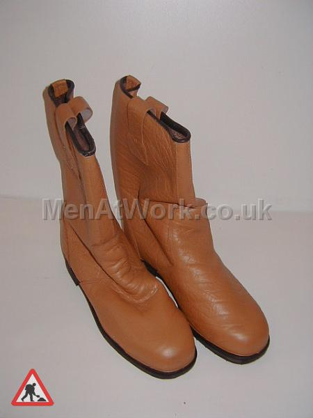 Building Site Workman Protective Clothing - Rigger Boots