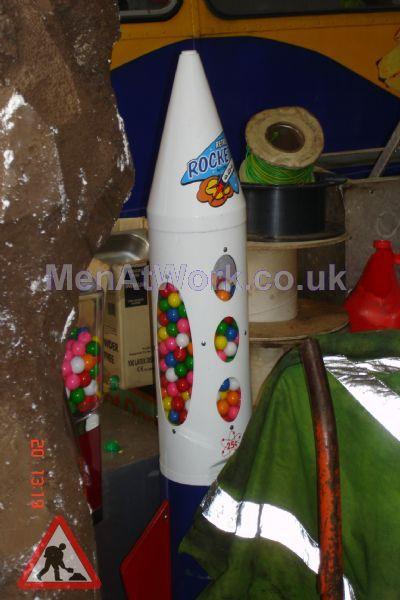 Rocket Shaped Gum Ball Machine - Rocket Shaped Gum Ball Machine